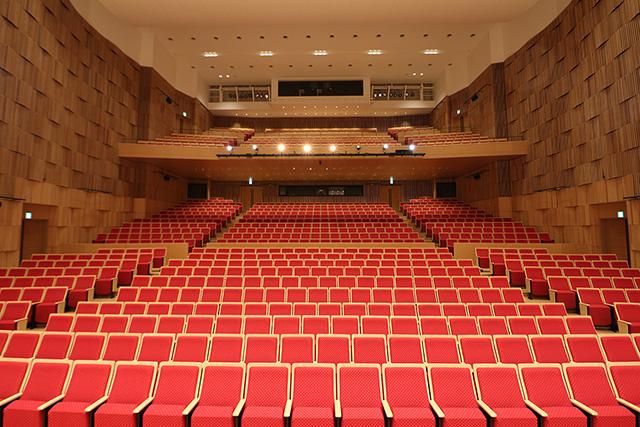大ホール フォレスタ